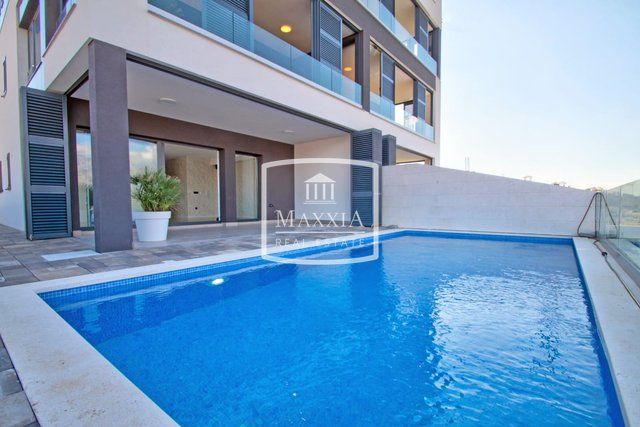 Vinjerac - apartment of 108m2 modern / luxurious / private pool 245000€