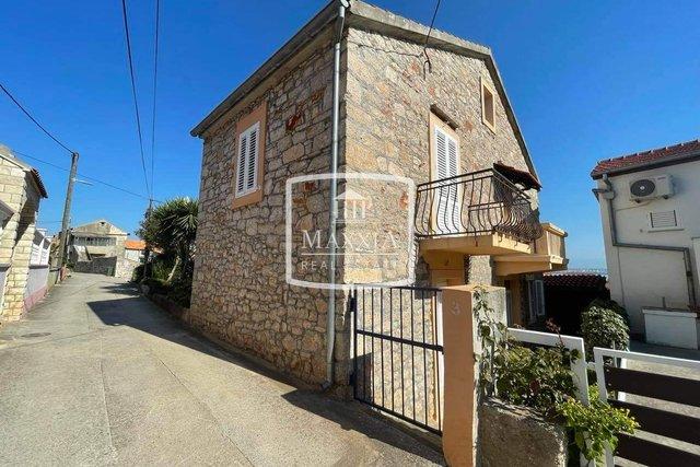 Haus, 110 m2, Verkauf, Preko